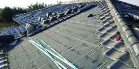 屋根の葺き直し