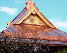銅板で葺かれた新築時の屋根