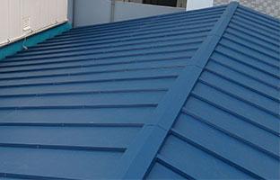 葺き替え後の瓦棒屋根