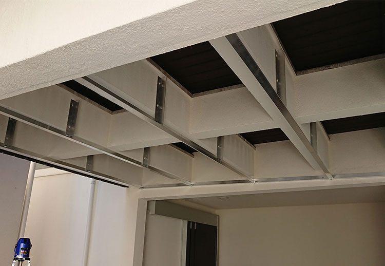 吊天井下地造作2